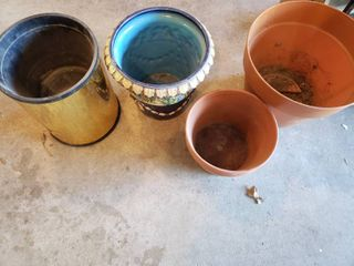 lot of 4 large Flower Pots   Gold Colored Pot   16 5  Tall