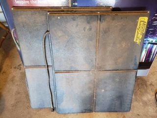 lot of 2 Magnador Heated Pallets for Pets