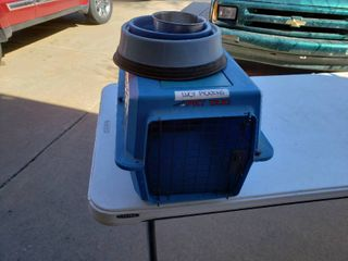Petmate Pet Taxi with 3 Food Water Bowls   14  W x 23  D x 15  T