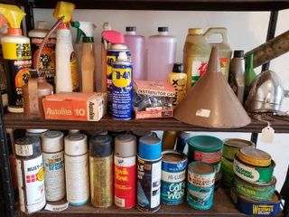 large lot of Assorted Car Care Products   lot Includes   Armor All  WD 40  Polishing Compound    More