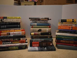 large lot of Assorted Fiction   Nonfiction Books   Authors Include   Stephen King  Clive Cussler  Bill Phillips    More