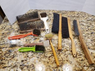 lot of 10 Assorted Brushes