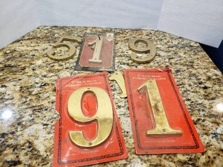 lot of 6 House Address Numbers   Some Are Solid Brass