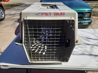 Gray Petmate Pet Taxi   18  W x 26  D x 17  T