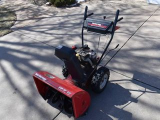 Yard Machines Snow Blower   8 HP   26  Clearing Width   Electric Start   2 Stage   12  Impeller   Works