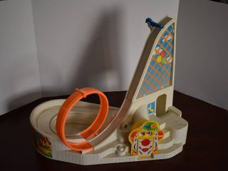 Vintage Fisher Price little People Fun Park   Includes 2 Vehicles  2 People  Ferris Wheel    Merry Go Round