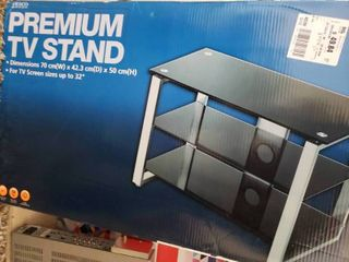 Tesco Premium TV Stand   For TV Screens Up To 32    2  4  W x 1  5  D x 1  8  T