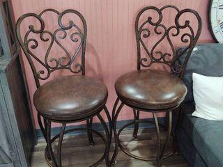 Pair of 24  Heavy Duty bar stools with Swivel Seats