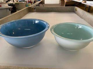 Set of  2  Pyrex Mixing Bowls