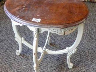 Decorative Table  20  diam