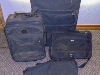 Roll a Round luggage 2
