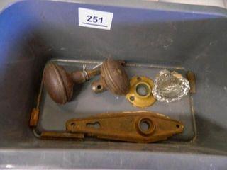 Vintage Door Knobs  1 Glass