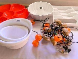 Plastic Items  Metal Bundt Pan