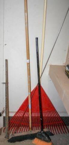 Broom  Shop Broom  Plastic leaf Rake