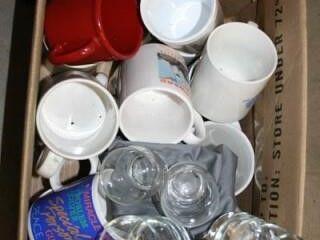 Coffee Mugs  12  Small Juice glasses  4