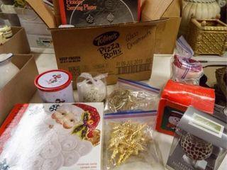 Christmas Box   Fitz   Floyd Platter  Etc