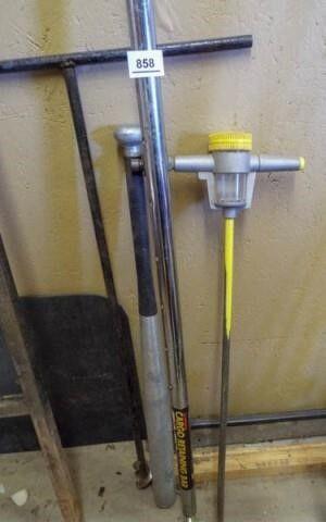 Bat  Fertilizer Stick  Dirt Drill  Cargo Rod