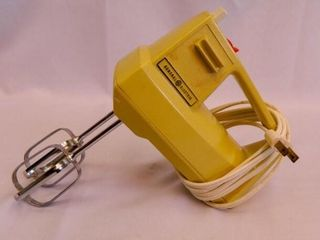 General Electric Mixer w Beaters
