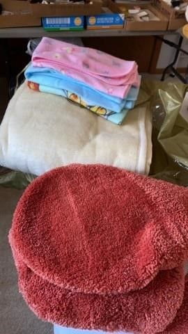 PlUSH FUll SIZE BlANKET  BABY BlANKETS AND