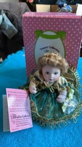 PARADISE GAllERIES   MAY DOll