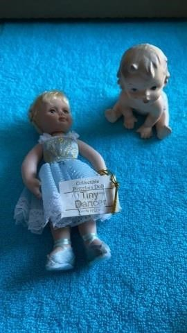 TINY DANCER COllECTIBlE POREClAIN DOll AND BABY