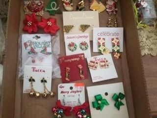 AN ASSORTMENT OF HOlIDAY BROOCHES AND PIERCED