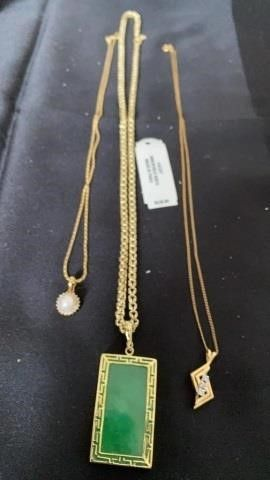 3 NECKlACES  GREEN STONE MADE IN PERU