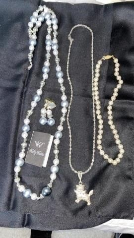 3 NECKlACES  ONE HAS EARRINGS FROM KEllY WATERS