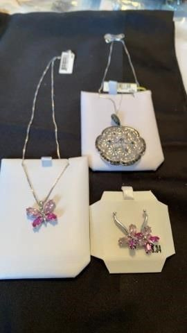 BUTTERFlY NECKlACE AND EARRINGS AND FlOWER