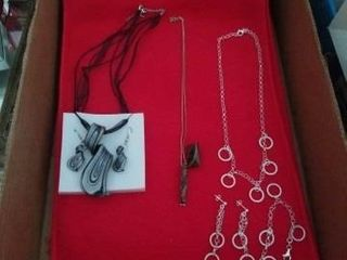 VARIETY OF NECKlACES AND EARRINGS