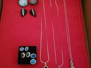 PIERCED EARRINGS  3 SIlVER CHAINED NECKlACES