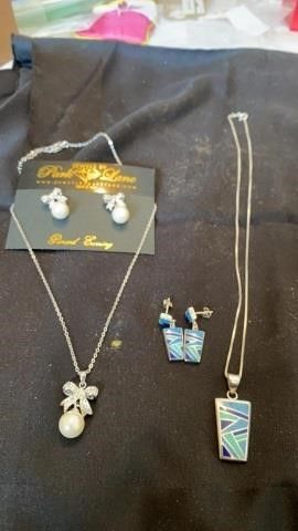 2 SETS EARRINGS AND NECKlACES