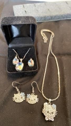2 SETS EARRINGS AND NECKlACES  KITTY SET