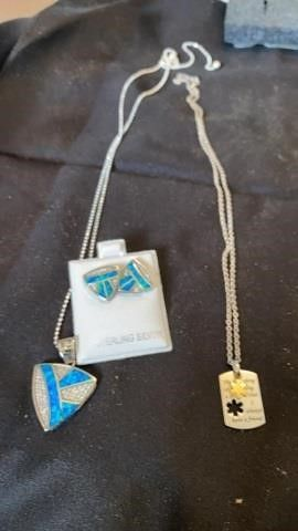 STERlING SIlVER AND STAINlESS STEEl NECKlACES 1