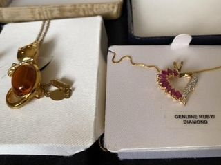 CAT GOlD NECKlACE AND GENUINE RUBY DIAMOND