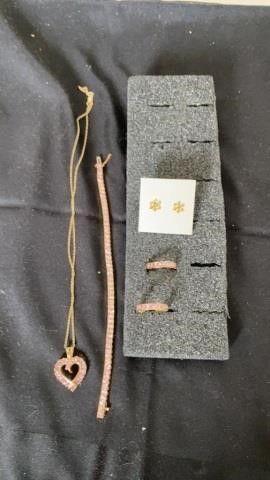MATCHING SET PINK NECKlACE  BRACElET   EARRINGS