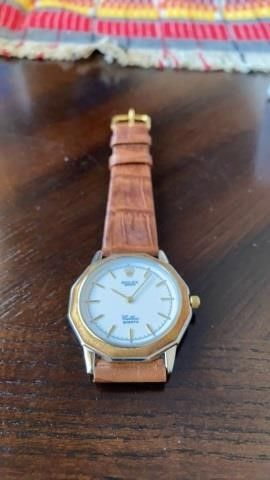 BROWN lEATHER BAND ROlEX  IJ  WATCH