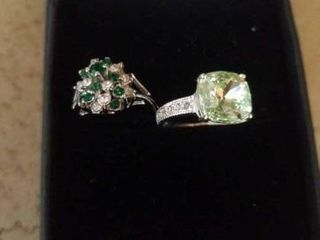 2 SIlVER BAND SIZE 6   EMERAlD AND DIAMONDS AND