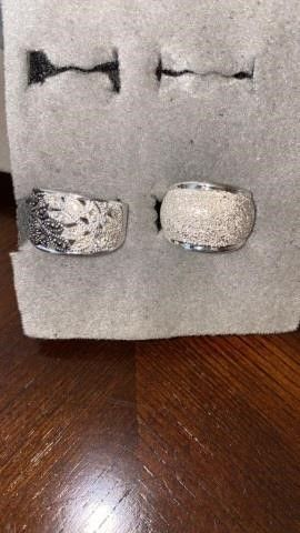 2 SIlVER BANDS SIZE 6