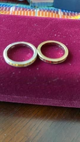 2 NARROW SIZE 6 BANDS YEllOW AND RED STONES