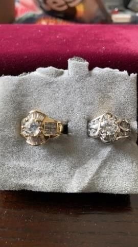 1 SIlVER  1 GOlD CUBIC ZIRCONIA RINGS SIZE 6
