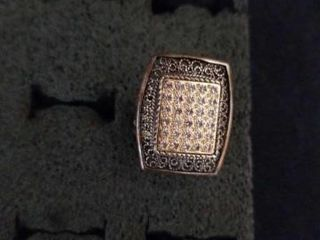 STERlING SIlVER SQUARE DIAMOND SIZE 6 RING