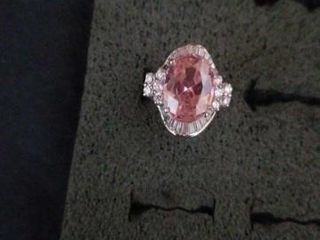 STERlING SIlVER PINK OVAl SHAPE WITH DIAMONDS