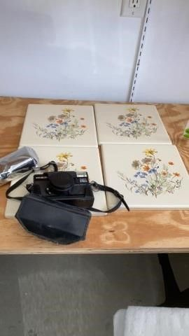 4 METAl TIlES AND MINOlTA CAMERA WITH COVER AND