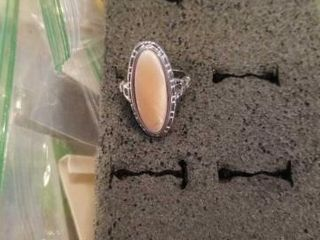 STERlING SIlVER SIZE 6 RING