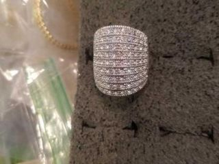 STERlING SIlVER SIZE 6 BAGETTE RING