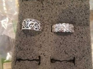 SIlVER BANDS  SIZE 6  RINGS