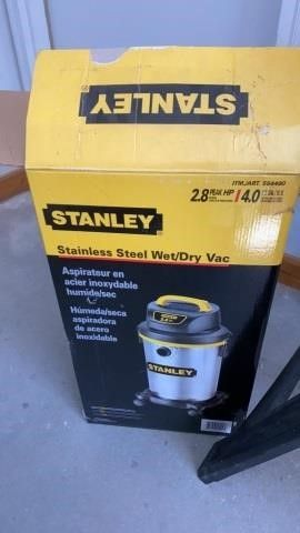 NEW IN BOX STANlEY SHOP VAC