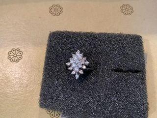 DIAMOND BIG RECTANGlE SIlVER BAND RING