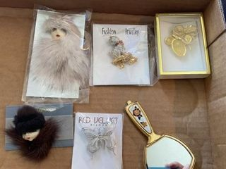 PRETTY BROOCHES AND POCKET MIRROR